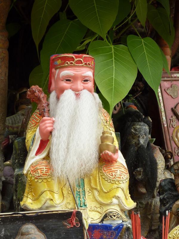 Tua Peh Kong and Bodhi Leaves
